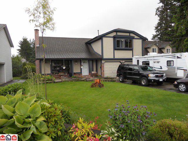 Main Photo: 8898 156TH Street in Surrey: Fleetwood Tynehead House for sale : MLS®# F1214785