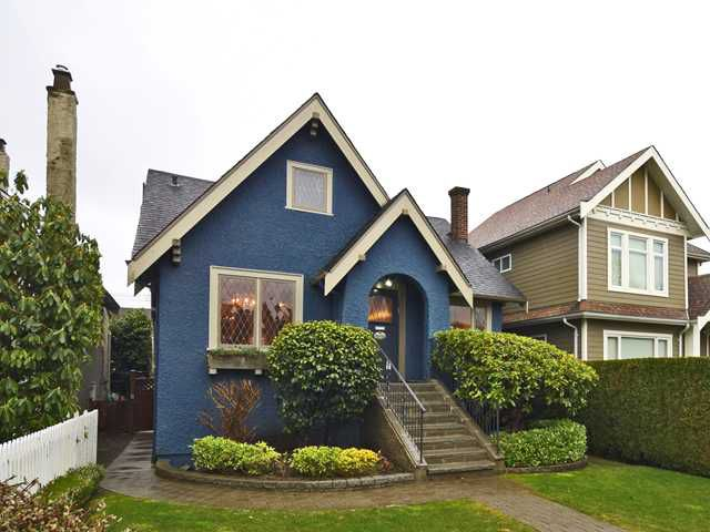 Main Photo: 2076 W 47TH AV in Vancouver: Kerrisdale House for sale (Vancouver West)  : MLS®# V1048324