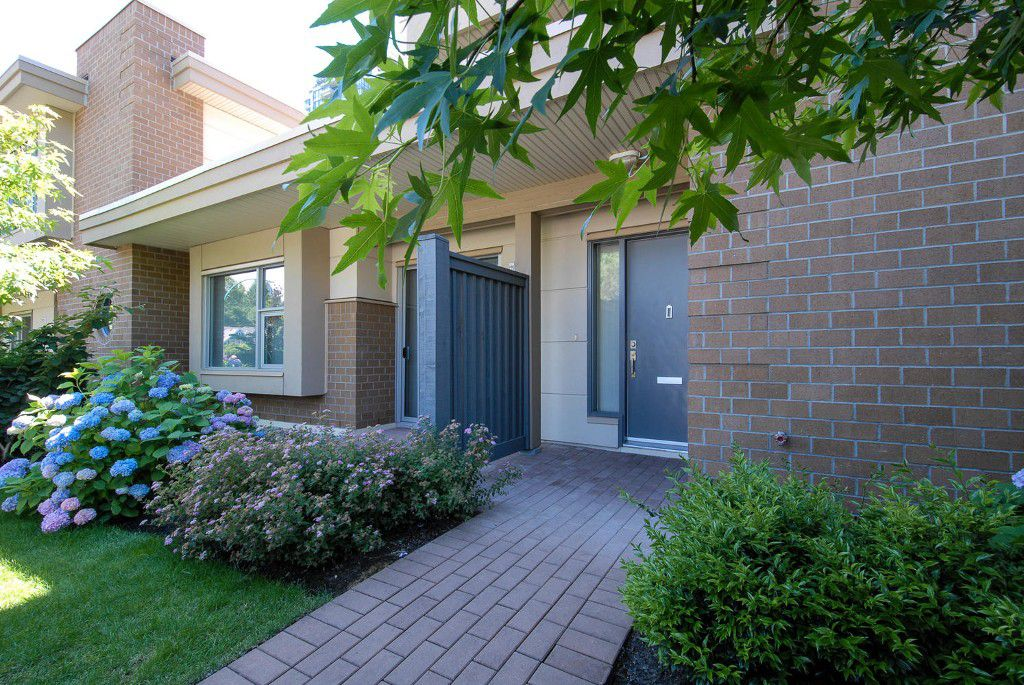 Main Photo: 7381 18TH ST in Burnaby: Edmonds BE Townhouse for sale (Burnaby East)  : MLS®# V1073475