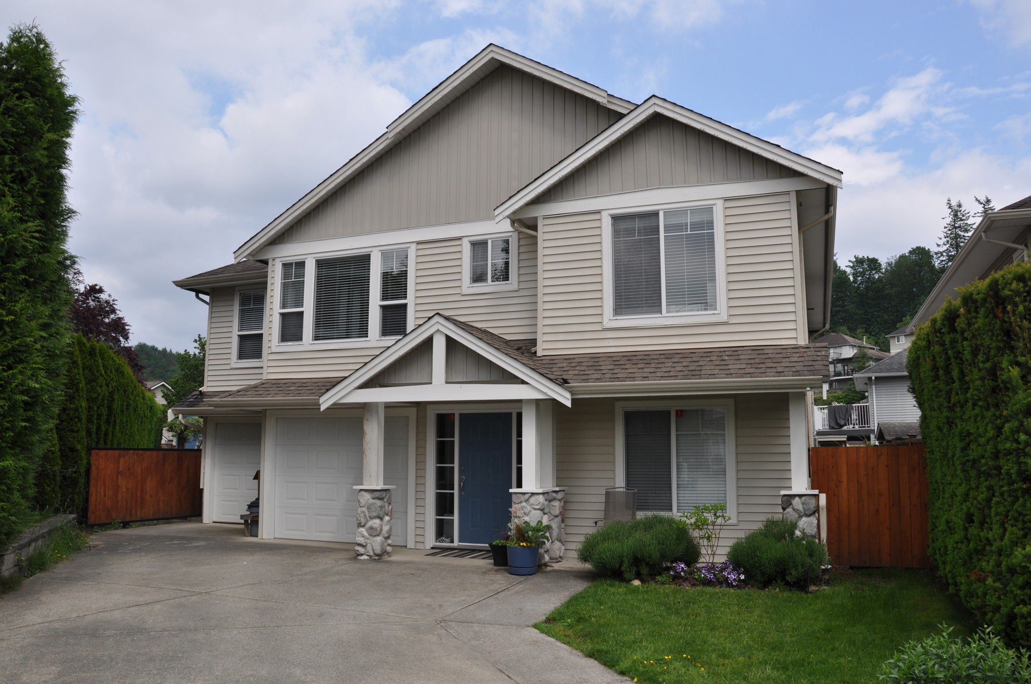 Main Photo: 4076 Channel St. in Abbotsford: Abbotsford East House for rent