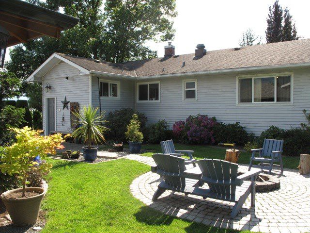 Main Photo: 10902 McGrath Rd in Rosedale: Rosedale Popkum House for sale : MLS®# R2227462