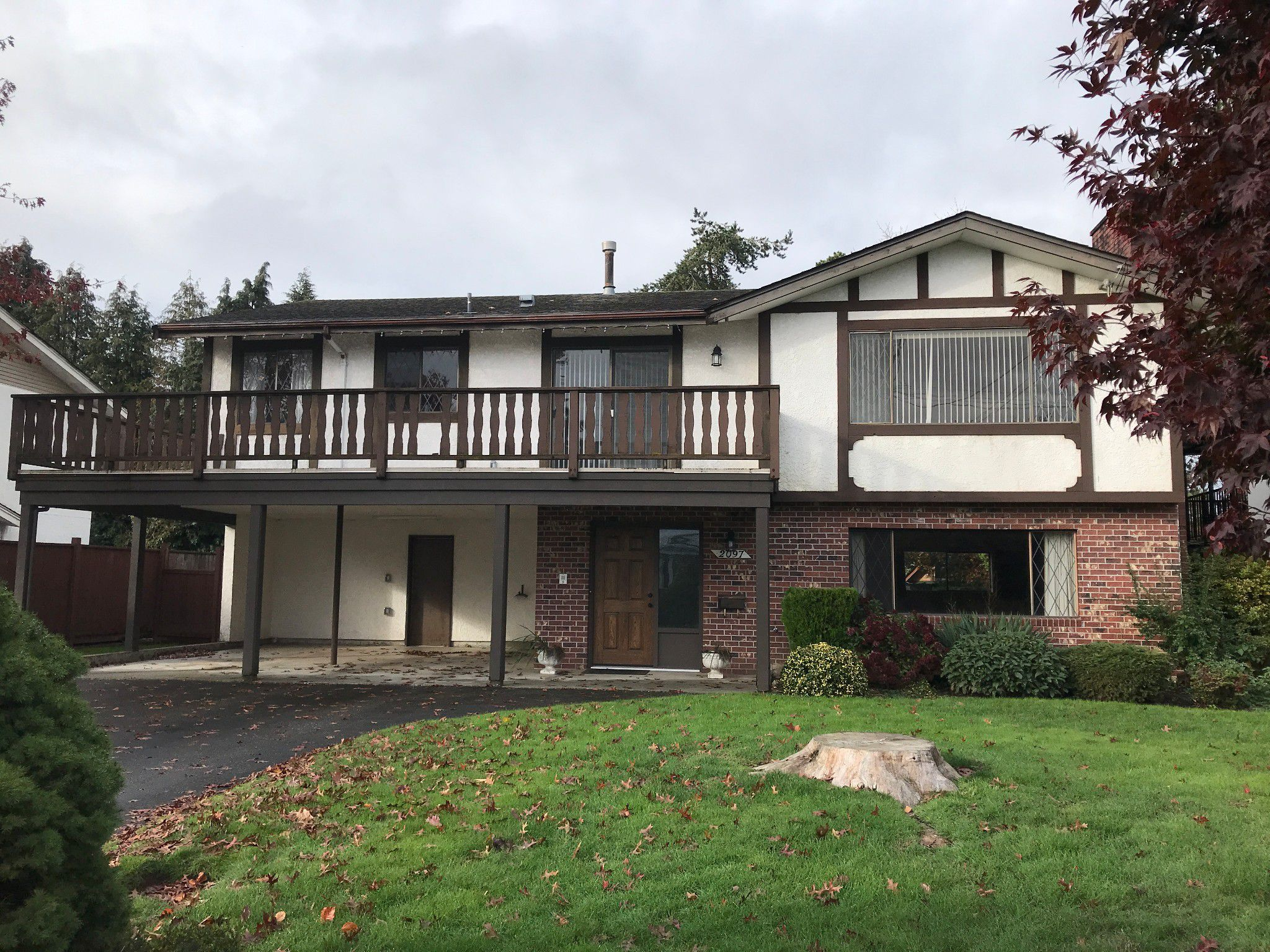Main Photo: 2097 Lonsdale Cr. in Abbotsford: Central Abbotsford House for rent