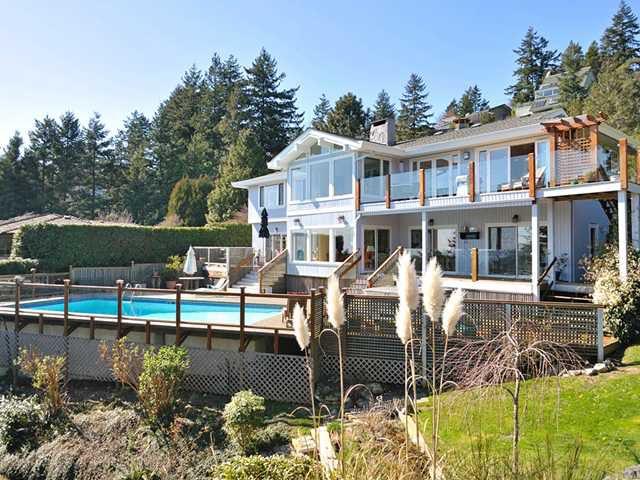 """Main Photo: 5880 FALCON Road in West Vancouver: Eagleridge House for sale in """"Eagleridge"""" : MLS®# V942367"""