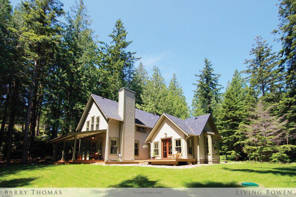 Main Photo: 1755 Emily Lane in Bowen Island: King Edward Bay House for sale : MLS®# V1071161