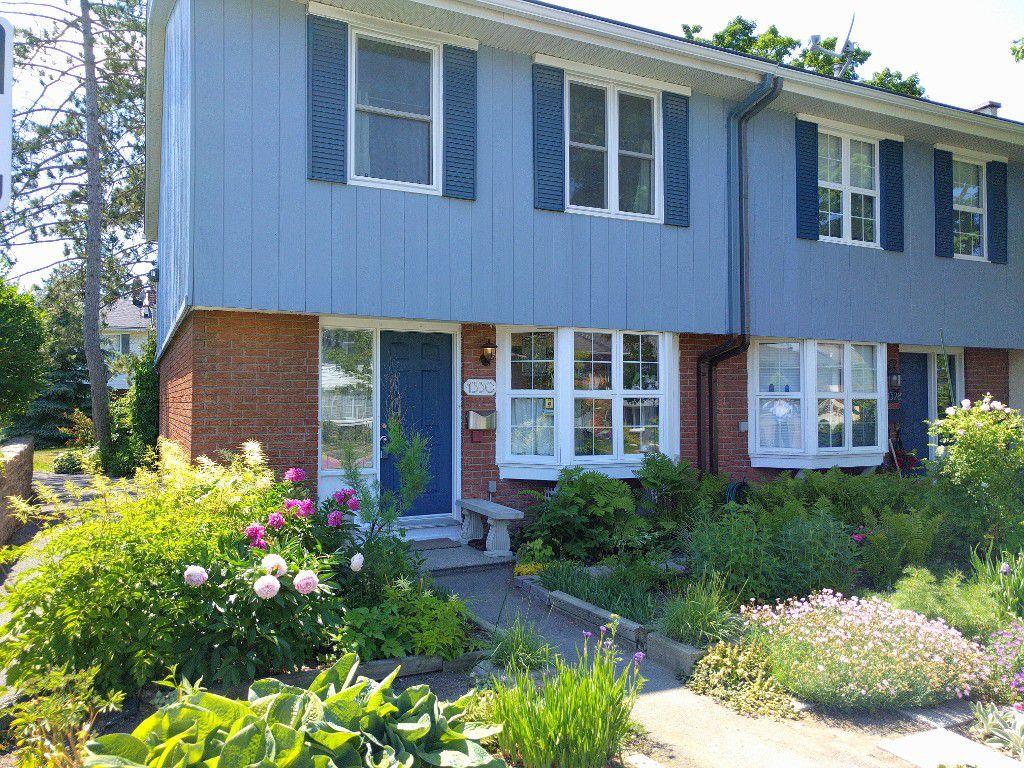 Main Photo: 1330 Cornell Street in Ottawa: Redwood Park House for sale : MLS®# 1018560