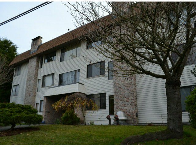 "Main Photo: 202 1410 BLACKWOOD Street: White Rock Condo for sale in ""CHELSEA HOUSE"" (South Surrey White Rock)  : MLS®# F1228076"