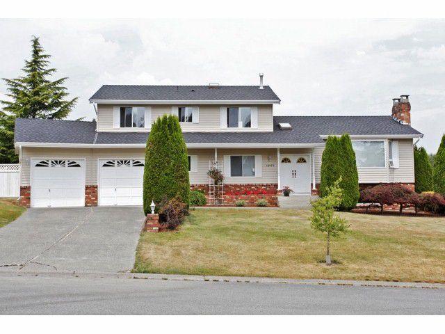 Main Photo: 18979 SUNRISE Avenue in Surrey: Cloverdale BC House for sale (Cloverdale)  : MLS®# F1315529