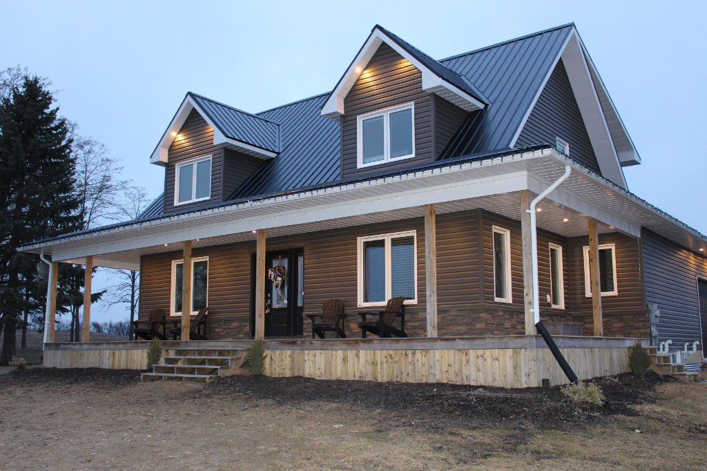 Main Photo: 460 Mount Pleasant Rd in Cobourg: Residential Detached for sale : MLS®# 511310097