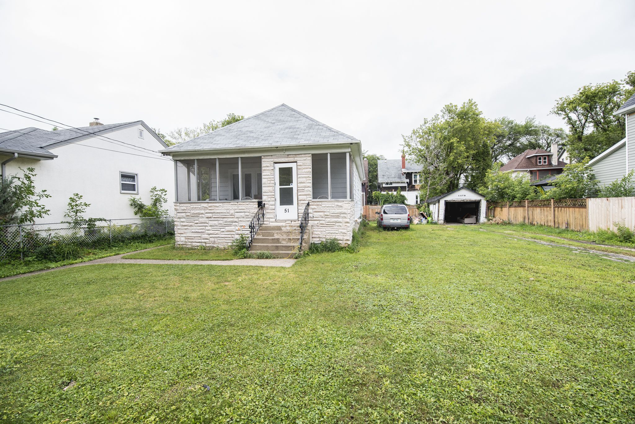 Main Photo: 51 Atlantic Avenue in Winnipeg: North End Single Family Detached for sale (4C)