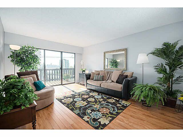 Main Photo: 308 170 E 3RD STREET in North Vancouver: Lower Lonsdale Condo for sale : MLS®# V1087958