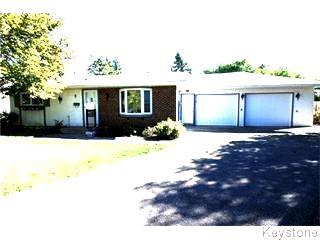 Main Photo: 8 Winters Way in Winnipeg: North Kildonan Single Family Detached for sale (3G)  : MLS®# 1625151