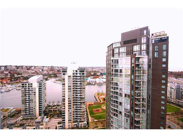"Main Photo: 3103 1408 STRATHMORE MEWS in Vancouver: Yaletown Condo for sale in ""WEST ONE"" (Vancouver West)  : MLS®# V940699"