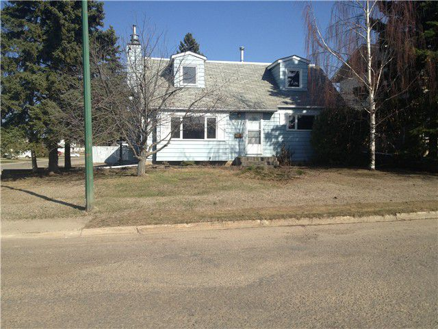 Main Photo: 11123 102ND Street in Fort St. John: Fort St. John - City NE House for sale (Fort St. John (Zone 60))  : MLS®# N223249