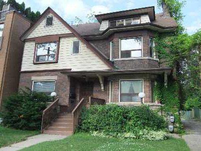 Main Photo: 1 273 Poplar Plains Road in Toronto: Casa Loma House (3-Storey) for lease (Toronto C02)  : MLS®# C2687119