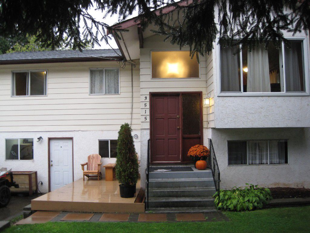 Main Photo: 3515 Old Clayburn Road in Abbotsford: Abbotsford East House for sale : MLS®# R2113618