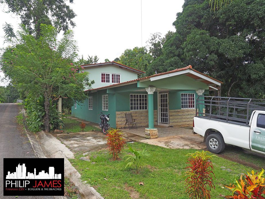 Rustic House in Panama for Sale