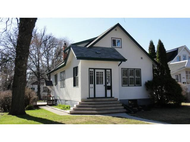 Main Photo: 218 Linwood Street in WINNIPEG: St James Residential for sale (West Winnipeg)  : MLS®# 1308685