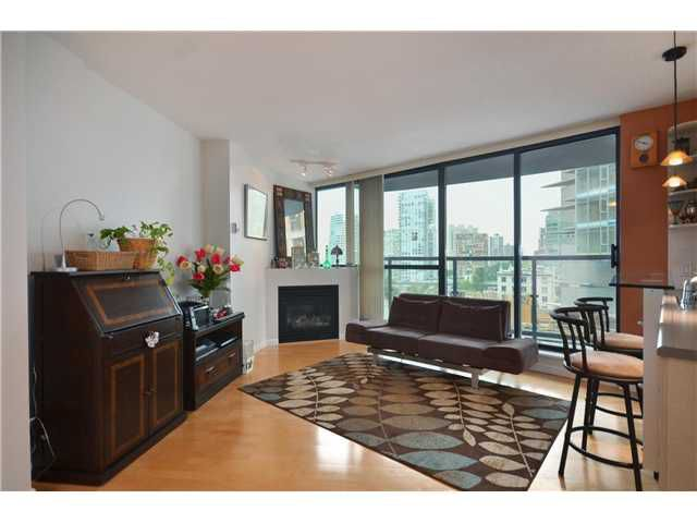 """Main Photo: 1207 501 PACIFIC Street in Vancouver: Downtown VW Condo for sale in """"THE 501"""" (Vancouver West)  : MLS®# V969371"""