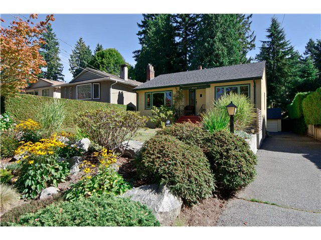 Main Photo: 2046 W KEITH Road in North Vancouver: Pemberton Heights House for sale : MLS®# V991189