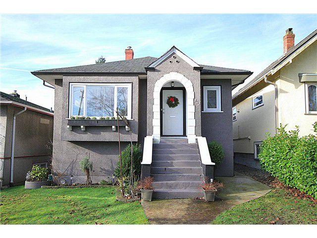 Main Photo: 645 SKEENA ST in Vancouver: Renfrew VE House for sale (Vancouver East)  : MLS®# V1101434