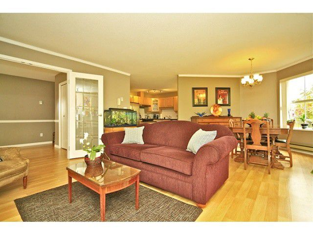 "Main Photo: 108 5565 BARKER Avenue in Burnaby: Central Park BS Condo for sale in ""BARKER PLACE"" (Burnaby South)  : MLS®# V953563"