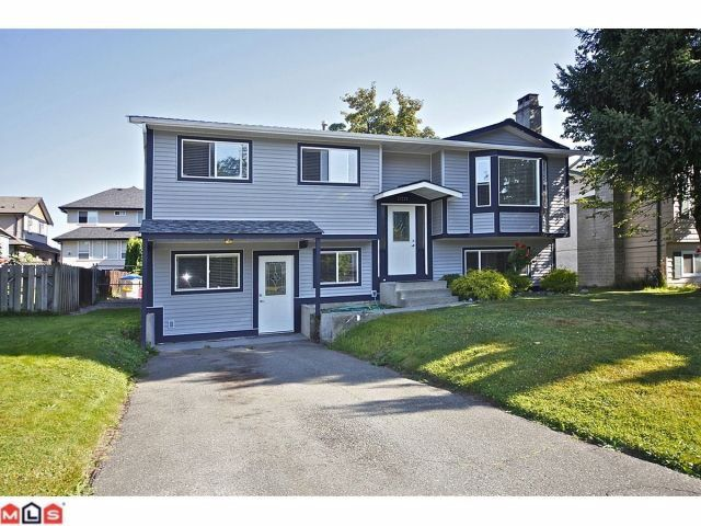 """Main Photo: 27123 34A Avenue in Langley: Aldergrove Langley House for sale in """"UPPER PARKSIDE"""" : MLS®# F1220963"""