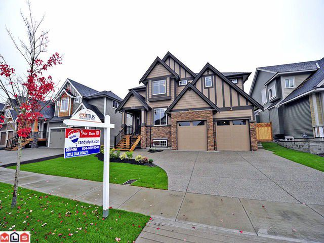 Main Photo: 1957 MERLOT Boulevard in Abbotsford: House for sale : MLS®# F1227304