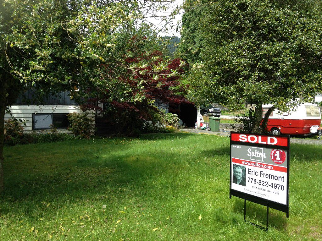 Main Photo: 4547 Prime Street in North Vancouver: Lynn Valley House for sale : MLS®# V1060173
