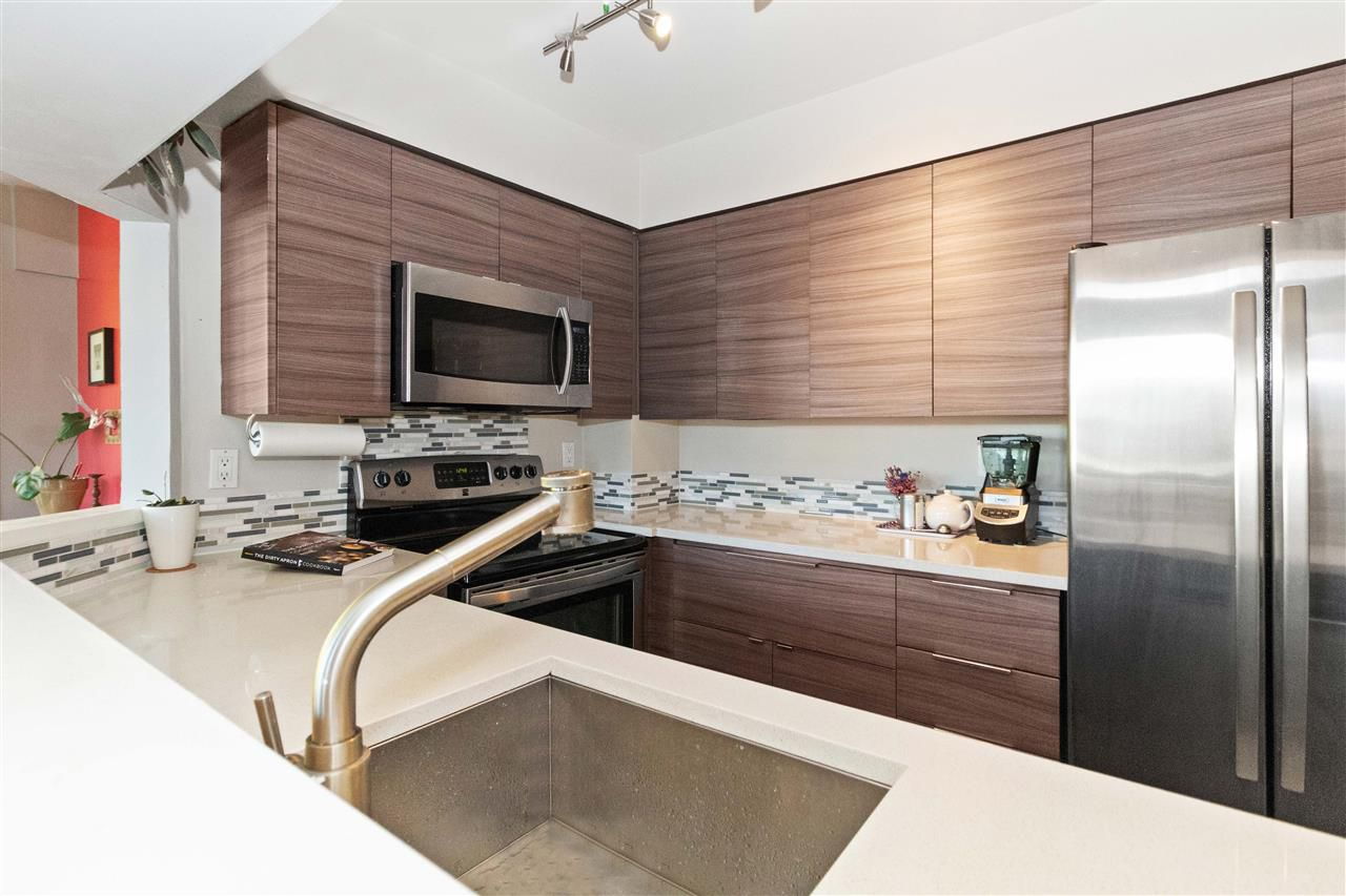 Main Photo: 306 1928 E 11TH AVENUE in Vancouver: Grandview VE Condo for sale (Vancouver East)  : MLS®# R2317158