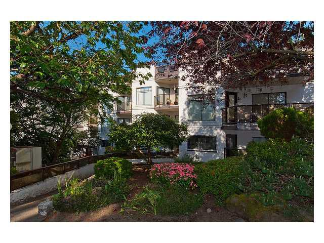Main Photo: # 221 2222 PRINCE EDWARD ST in Vancouver: Mount Pleasant VE Condo for sale (Vancouver East)  : MLS®# V1028729