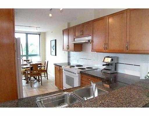 "Main Photo: 4388 BUCHANAN Street in Burnaby: Central BN Condo for sale in ""BUCHANAN WEST"" (Burnaby North)  : MLS®# V617603"