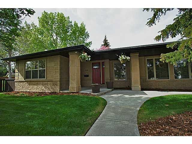 Main Photo: 712 120 Avenue SE in CALGARY: Lake Bonavista Residential Detached Single Family for sale (Calgary)  : MLS®# C3525165