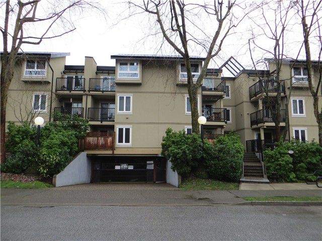 """Main Photo: 111 1450 E 7TH Avenue in Vancouver: Grandview VE Condo for sale in """"RIDGEWAY PLACE"""" (Vancouver East)  : MLS®# V994897"""