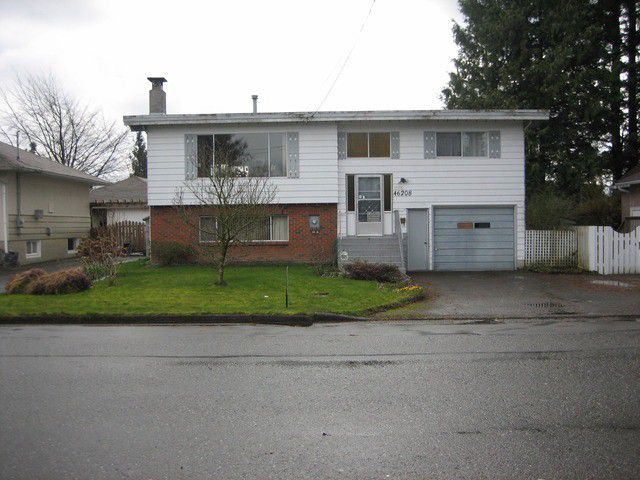 Main Photo: 46208 MAGNOLIA Avenue in CHILLIWACK: Chilliwack N Yale-Well House for sale (Chilliwack)  : MLS®# H1300907
