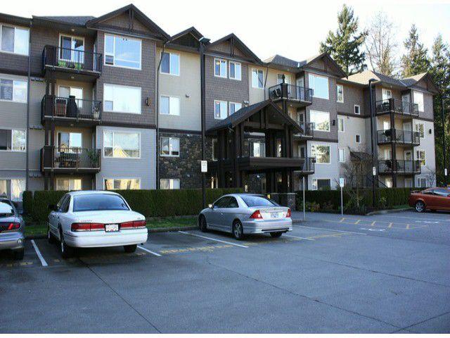Main Photo: 111 2581 LANGDON Street: Condo for sale : MLS®# F1301301