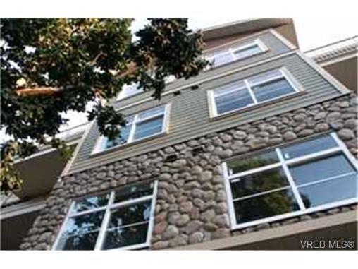 Main Photo: 307 821 Goldstream Avenue in VICTORIA: La Langford Proper Condo Apartment for sale (Langford)  : MLS®# 215837