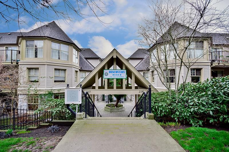 Main Photo: 515 214 Eleventh in New Westminister: Uptown NW Condo for sale (New Westminster)  : MLS®# R2035540