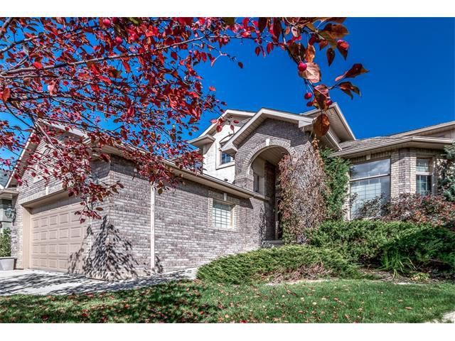 Main Photo: 327 VALLEY SPRINGS TC NW in Calgary: Valley Ridge House for sale : MLS®# C4095803