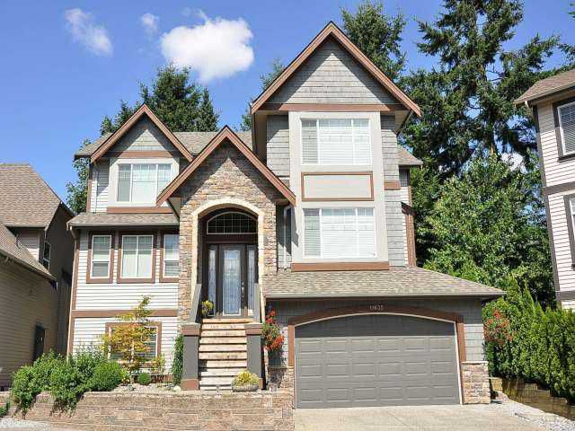 "Main Photo: 11635 COBBLESTONE Lane in Pitt Meadows: South Meadows House for sale in ""FIELDSTONE PARK"" : MLS®# V967201"