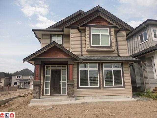 Main Photo: 27949 FRASER HY in Abbotsford: House for sale : MLS®# F1221084
