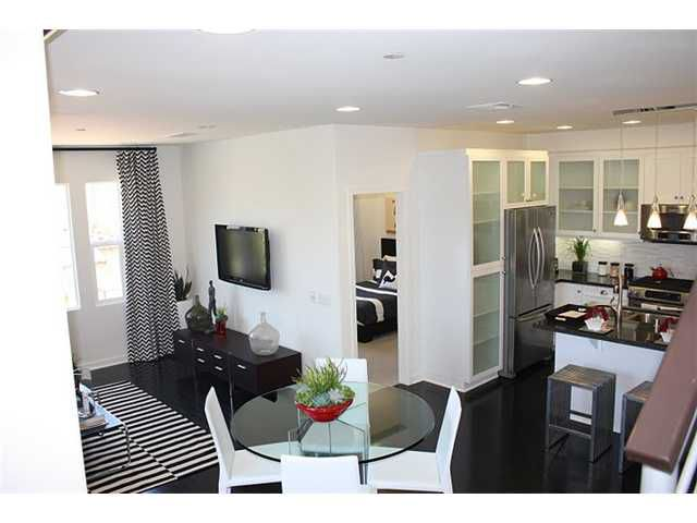 Main Photo: SAN MARCOS Townhome for sale : 3 bedrooms : 2101 COSMO Way #124