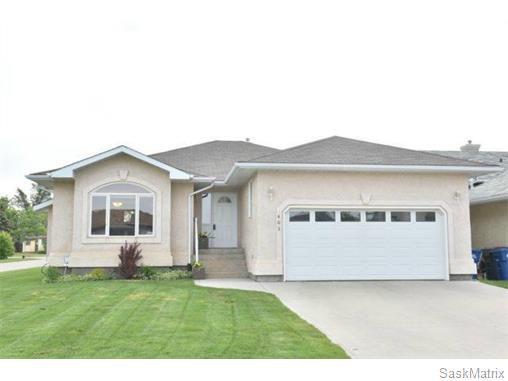 Main Photo: 401 HAWKES STREET: Balgonie Single Family Dwelling for sale (Regina NE)  : MLS®# 575203