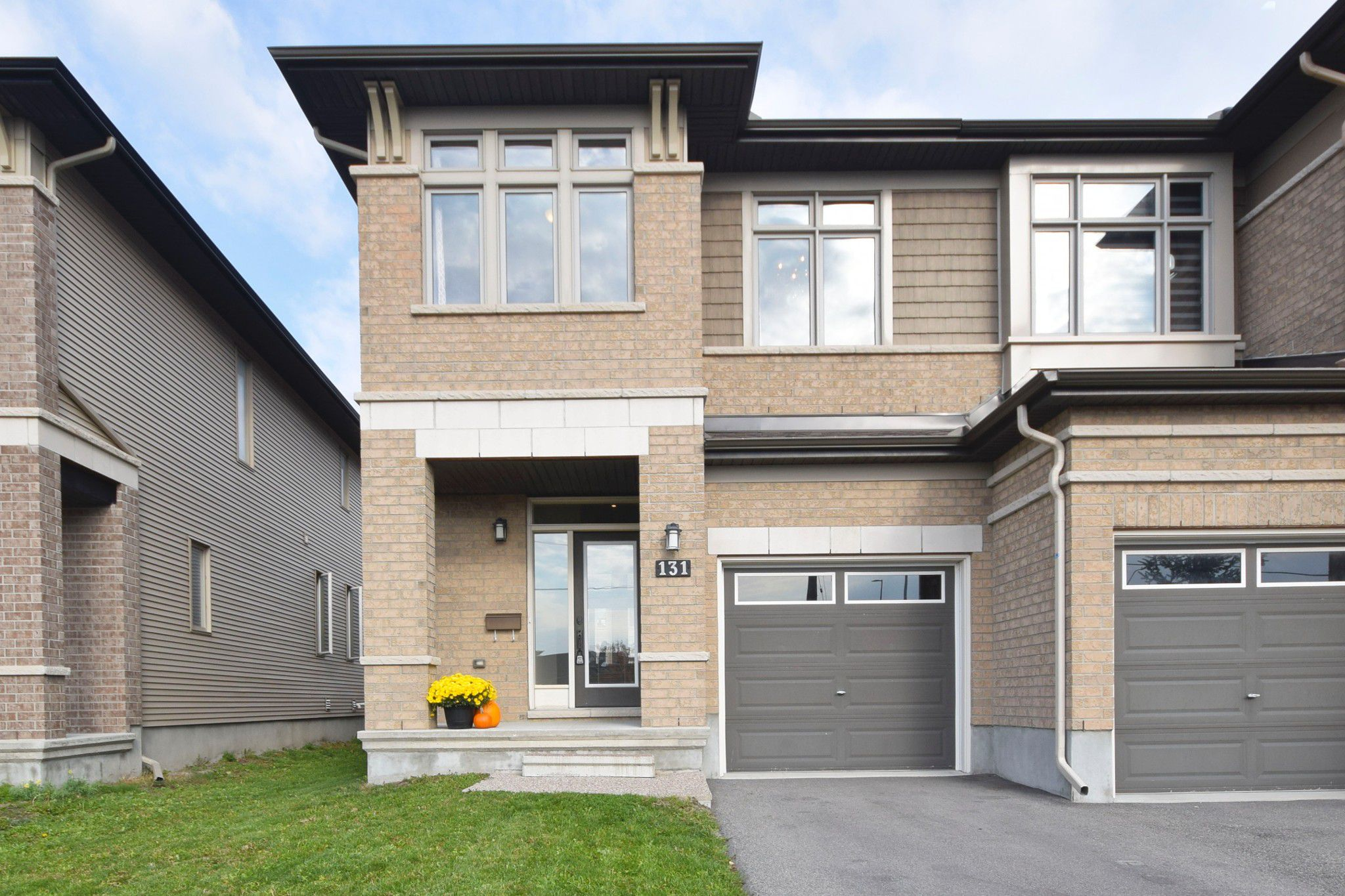 Photo 3: Photos: 131 Popplewell Crescent in Ottawa: Cedargrove / Fraserdale House for sale (Barrhaven)  : MLS®# 1130335