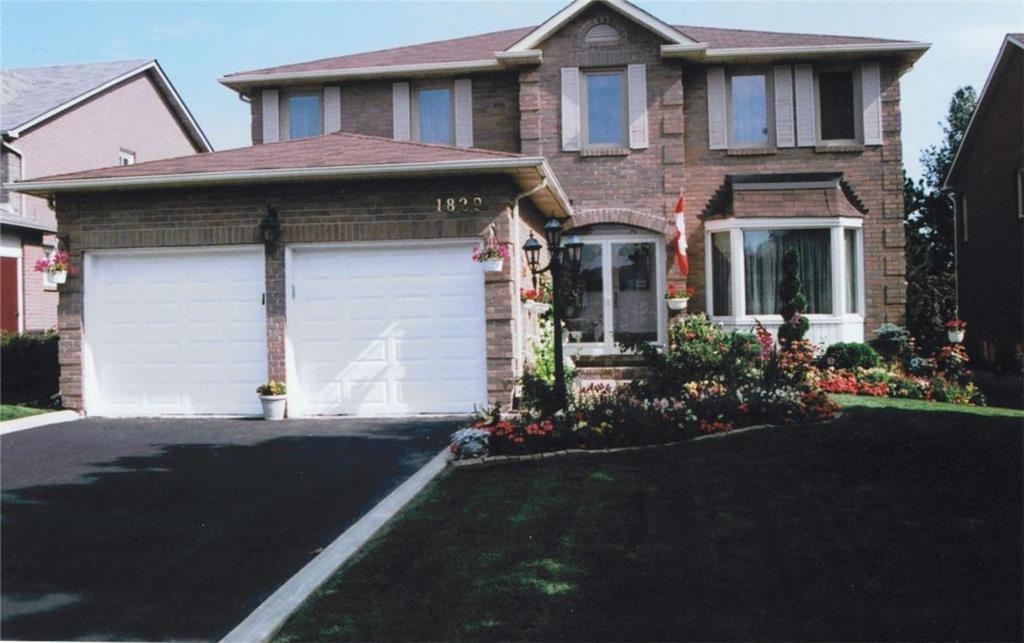 Main Photo: 1829 PILGRIMS Way in : 1007 - GA Glen Abbey FRH for sale (Oakville)  : MLS®# OM2003008