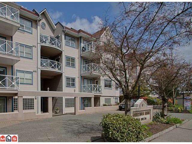 Main Photo: 225 12101 80 Avenue in Surrey: Queen Mary Park Surrey Condo for sale : MLS®# F1208172