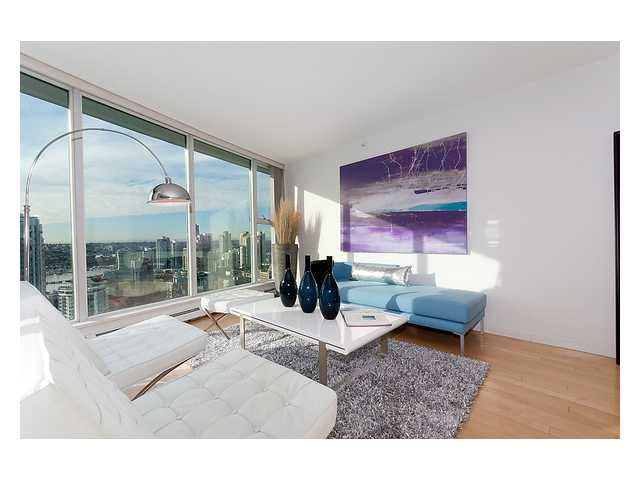 """Main Photo: 3206 1008 CAMBIE Street in Vancouver: Yaletown Condo for sale in """"WATERWORKS"""" (Vancouver West)  : MLS®# V960432"""