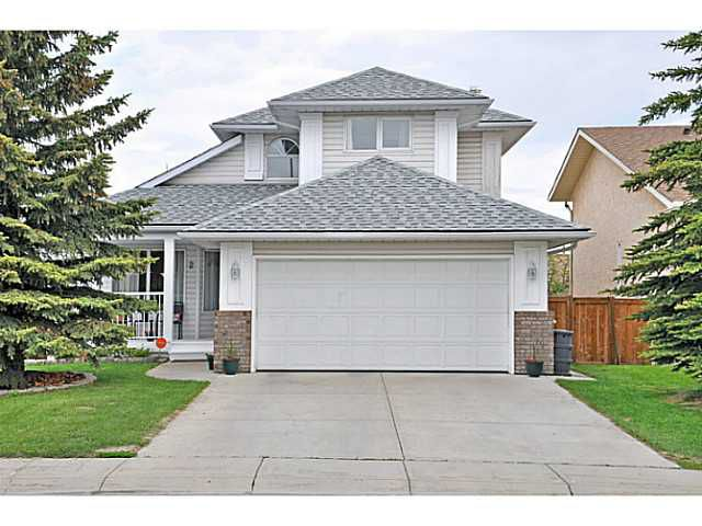 Welcome to 2 Cimarron Way, Okotoks