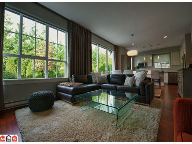 Main Photo: 67 2501 161a Street in : Grandview Surrey Townhouse for sale (South Surrey White Rock)  : MLS®# f1224451