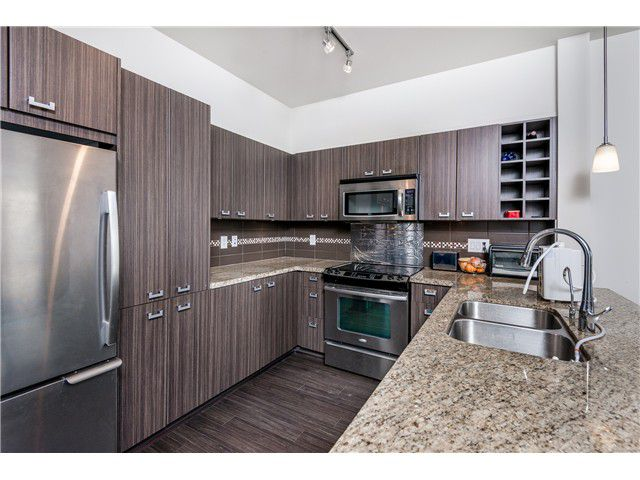 Main Photo: # 101 709 TWELFTH ST in New Westminster: Moody Park Condo for sale : MLS®# V1119632