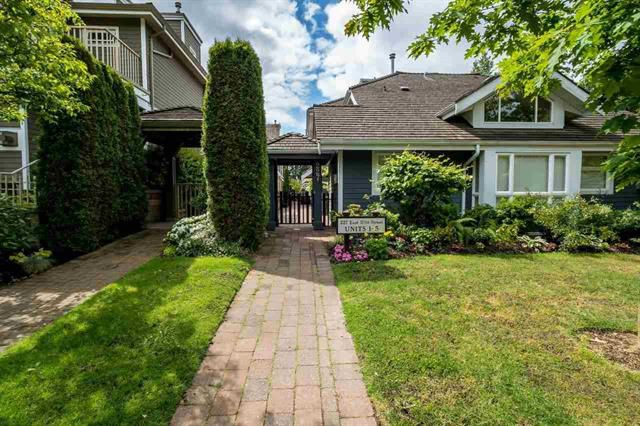 Main Photo: 5 227 E 11th Street in North Vancouver: Central Lonsdale Townhouse for sale : MLS®# R2074536